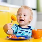 子どもとの食事は楽しいのが一番!マナーやしつけよりも大事なこと