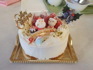 今回はクリスマスケーキを作ります