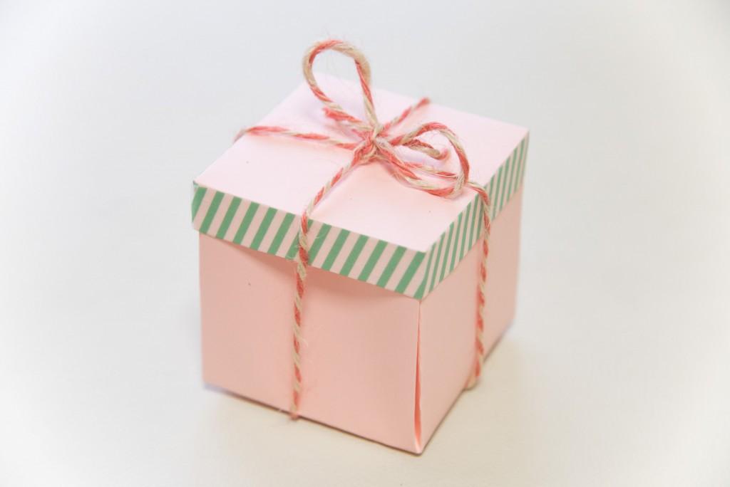 写真を使った子どもとの手作りプレゼント(サプライズボックス作り方)
