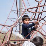 「まだ遊ぶ!」公園から帰りたがらない子どもにも届く会話のヒント