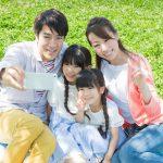 スマホで自撮りを上手に!家族や友達との写真を素敵に撮ろう!