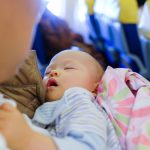 事前にチェックしておきたい赤ちゃんを連れての飛行機利用について(国内線編)