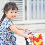 子どもの自転車デビューの年齢が下がっている!~日本トイザらスの調査データより~